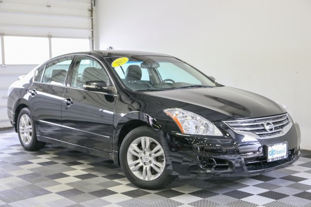 Pre Owned 2012 Nissan Altima 2.5 SL